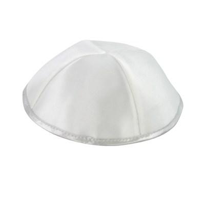 Kip� de Cetim branca friso prateado